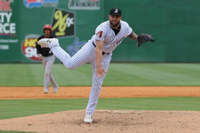 Joey Krehbiel pitching 2